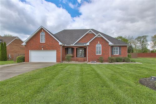 Photo of 121 Golfers Cir, Portland, TN 37148 (MLS # 2246632)