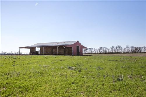 Photo of 825 Beechcroft Rd, Spring Hill, TN 37174 (MLS # 2233634)