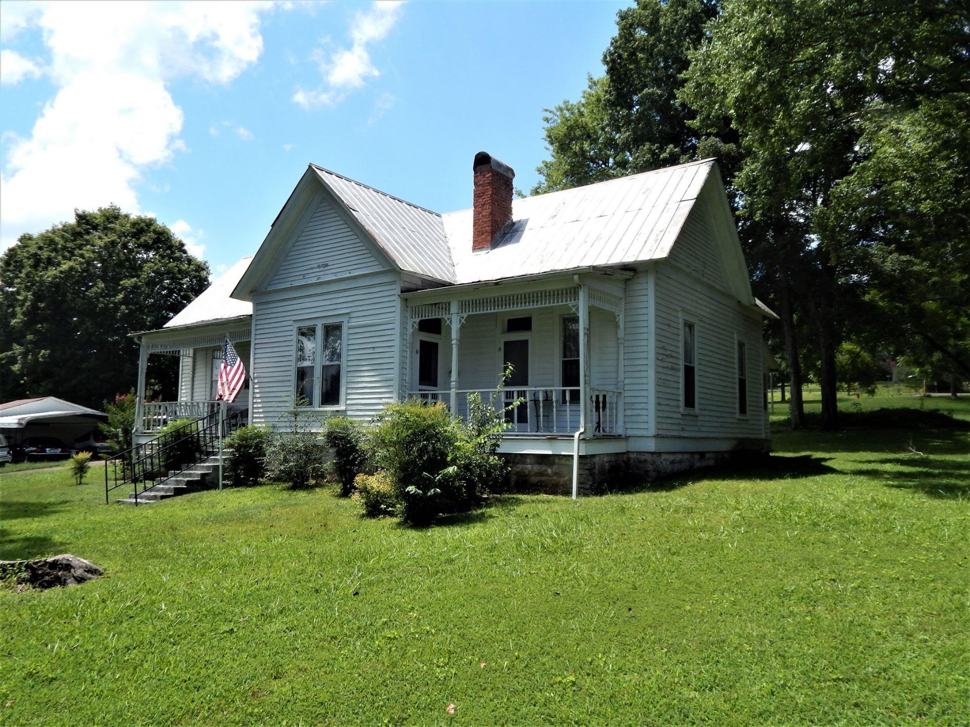 Photo of 320 S Main St, Waynesboro, TN 38485 (MLS # 2178644)
