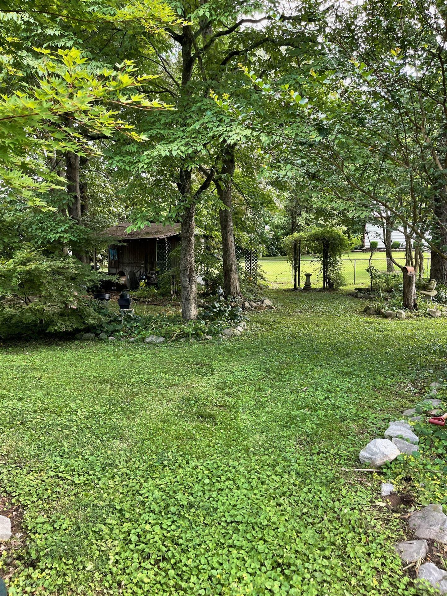 Photo of 2103 Basham Ln, Clarksville, TN 37043 (MLS # 2275649)