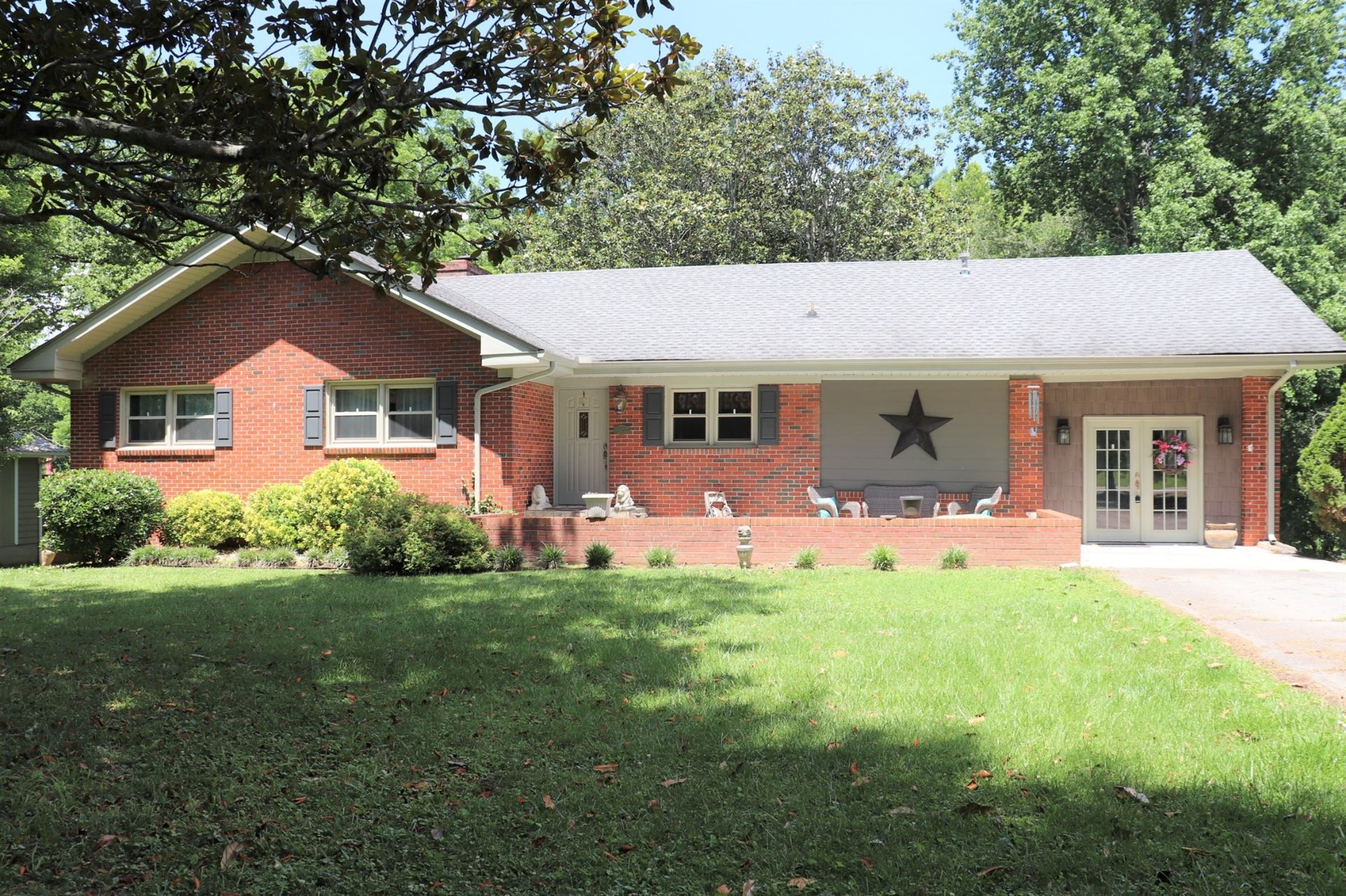1305 Sycamore Dr SE, Manchester, TN 37355 - MLS#: 2266659