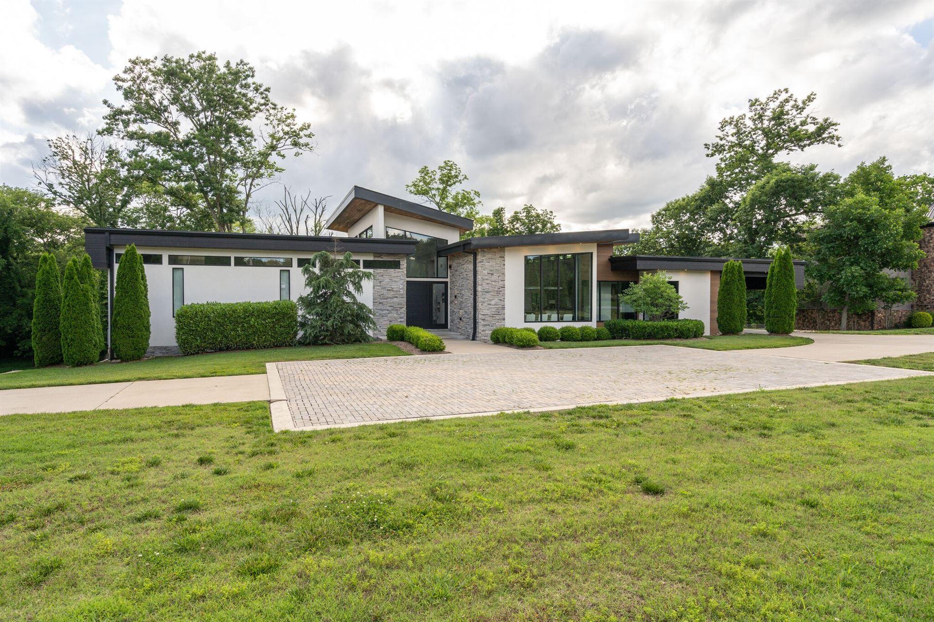 Photo of 1425 Wilson Pike, Brentwood, TN 37027 (MLS # 2261664)