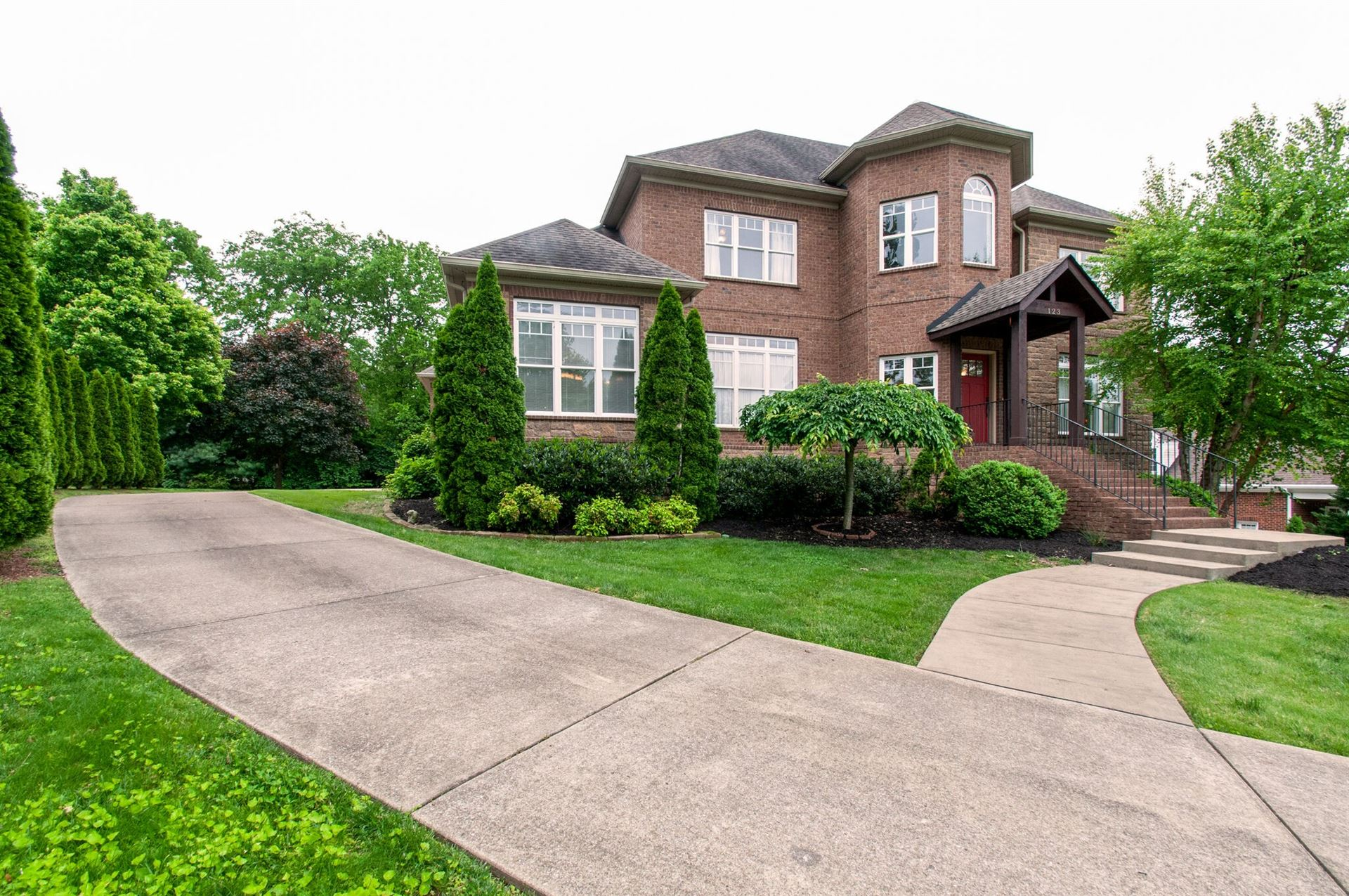 Photo of 123 Wynthrope Way, Franklin, TN 37067 (MLS # 2252666)