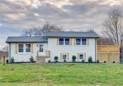Photo of 216 Bonnalynn Dr, Hermitage, TN 37076 (MLS # 2211673)