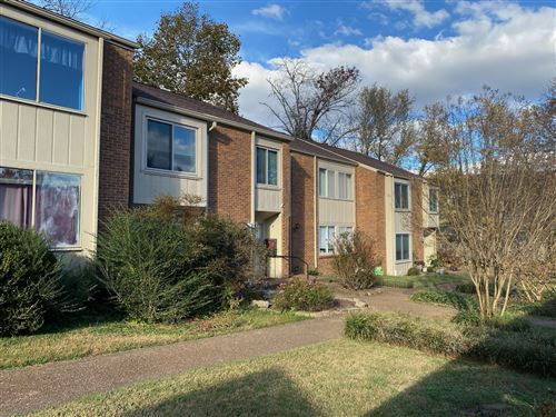 Photo of 6948 Highland Park Dr, Nashville, TN 37205 (MLS # 2206680)