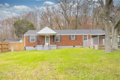 Photo of 920 Due West Ave N, Madison, TN 37115 (MLS # 2211683)