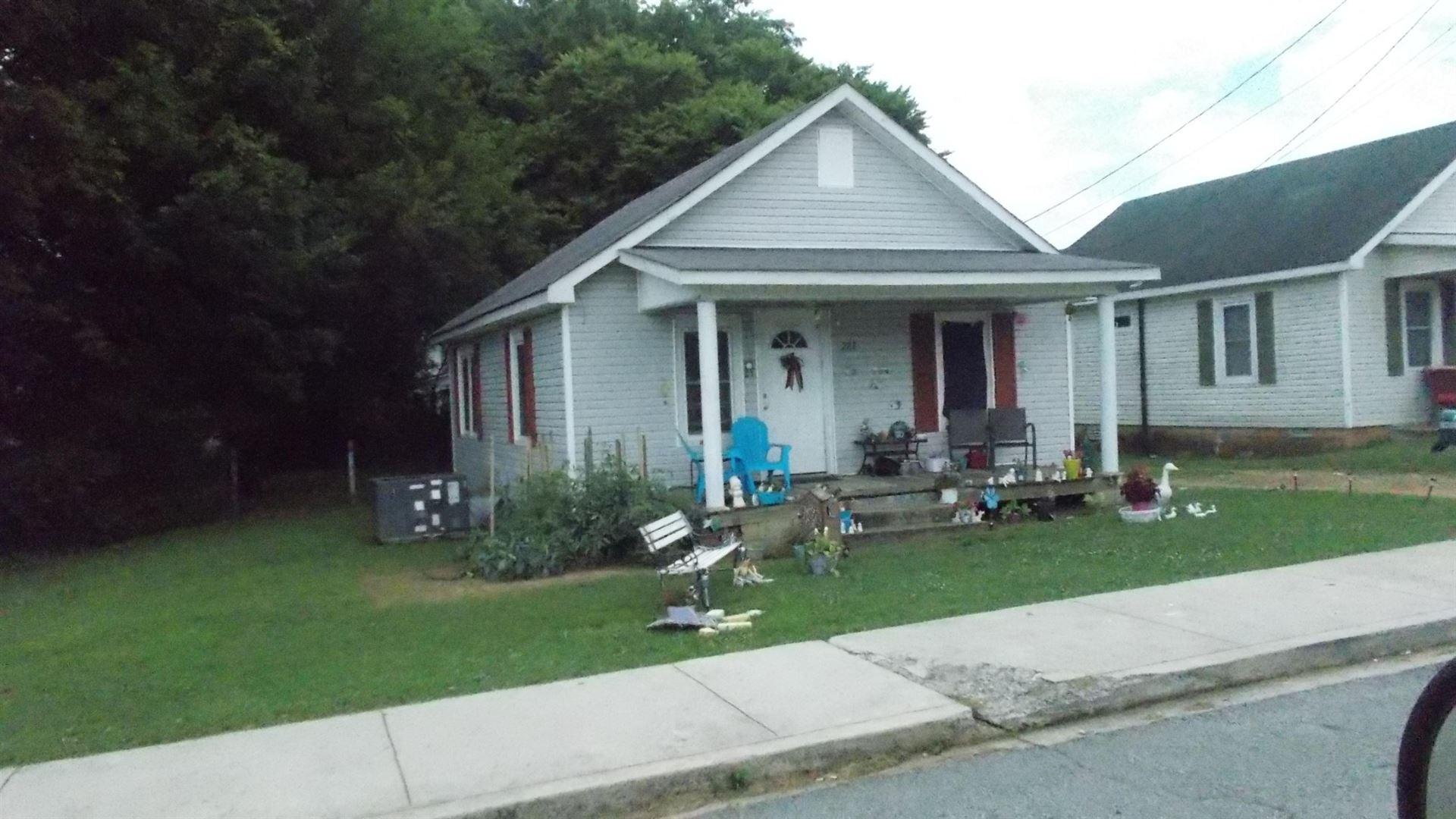 222 E Taylor St, Lawrenceburg, TN 38464 - MLS#: 2268692