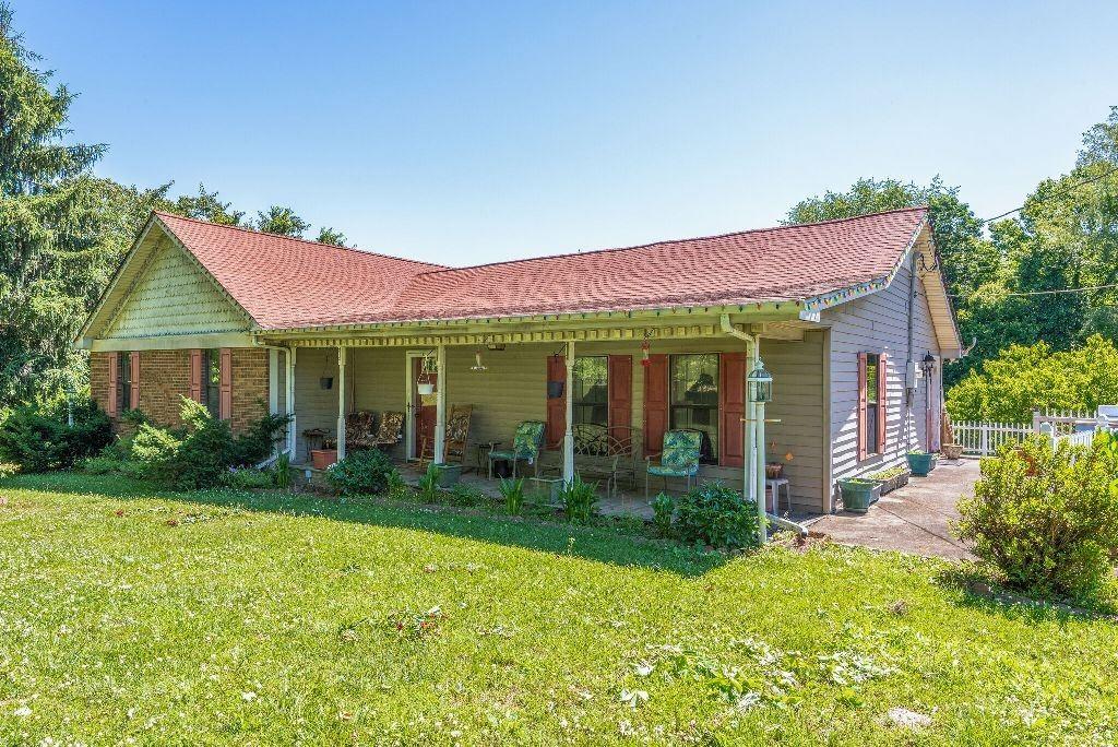 1769 Maple Valley Rd, Charlotte, TN 37036 - MLS#: 2252695