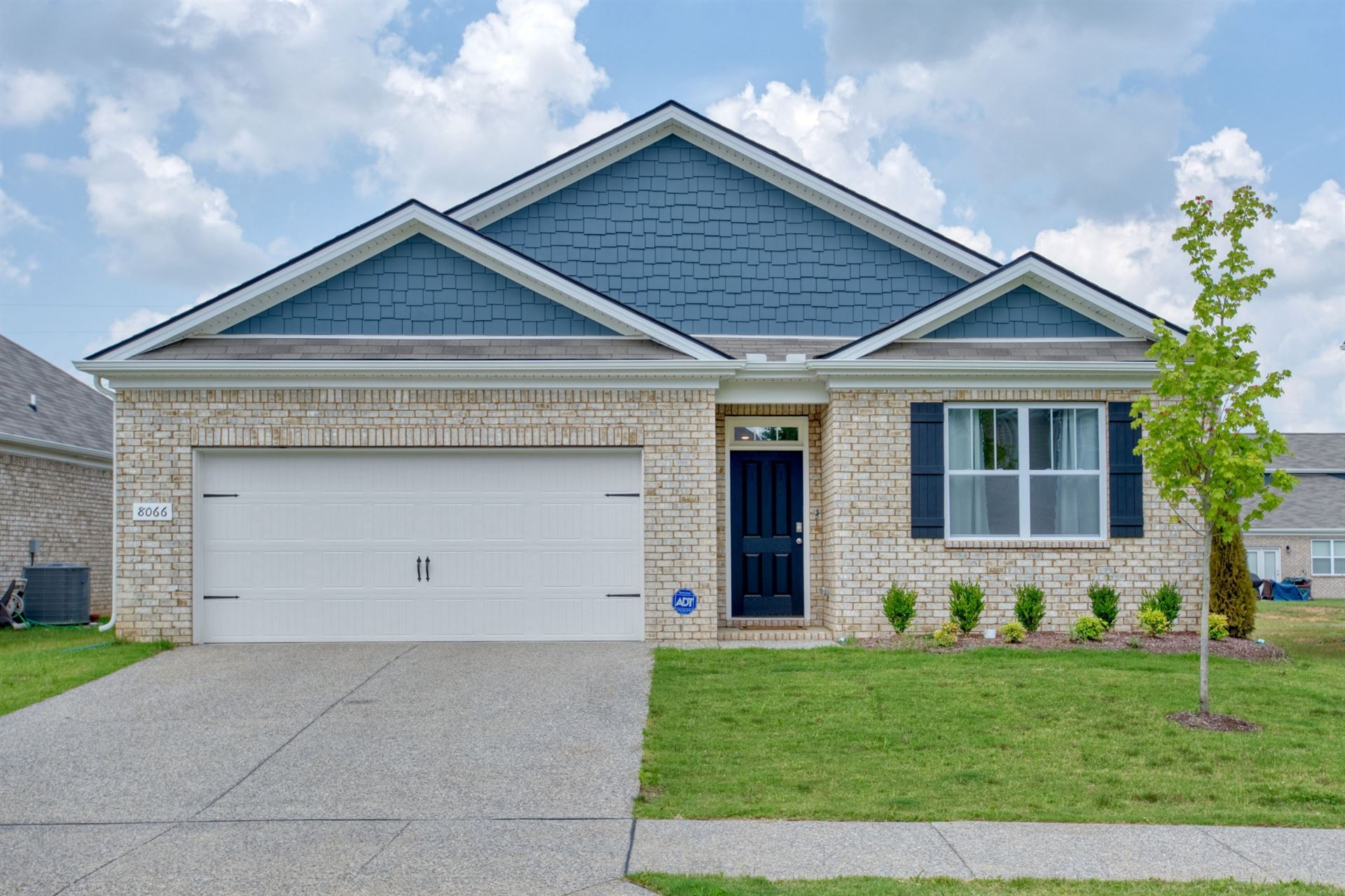 8066 Forest Hills Dr, Spring Hill, TN 37174 - MLS#: 2276705
