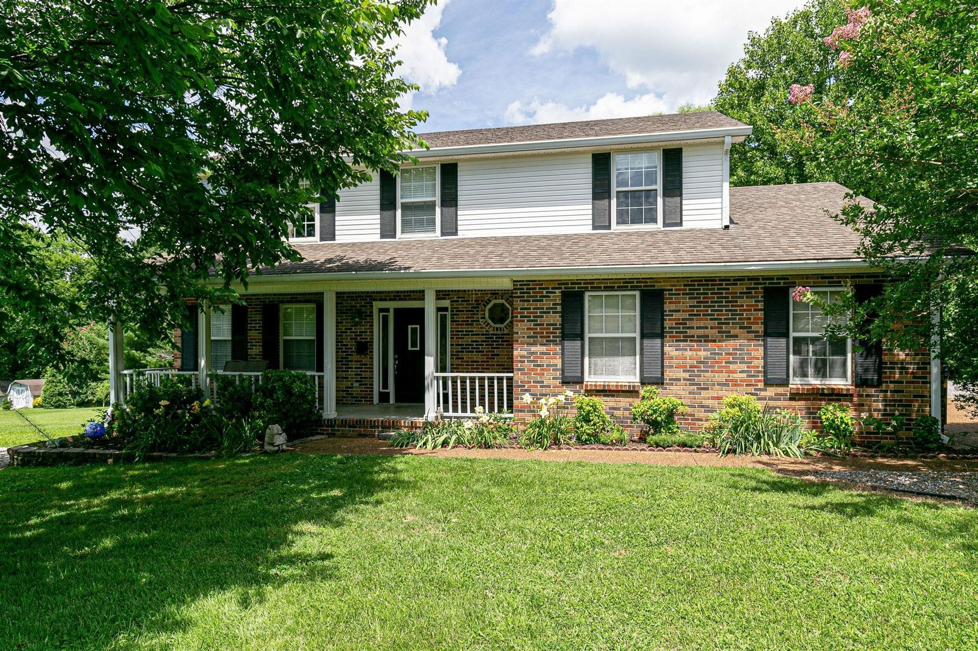 Photo of 95 Oak Valley Dr, Spring Hill, TN 37174 (MLS # 2229711)