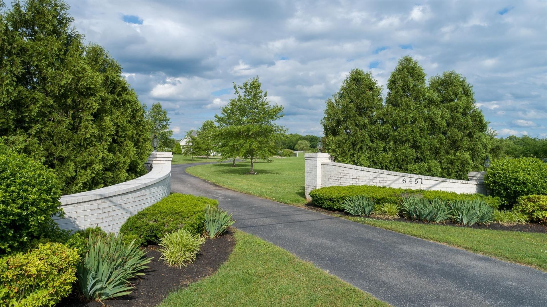 Photo of 6451 Manchester Pike, Murfreesboro, TN 37127 (MLS # 2232718)