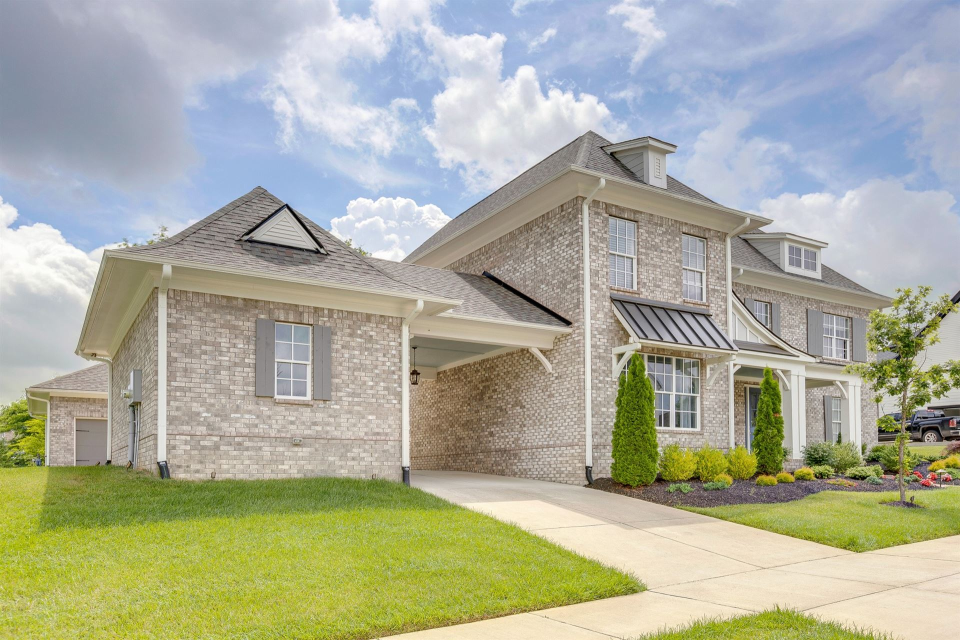 Photo of 2048 Hornsby Dr, Franklin, TN 37064 (MLS # 2261730)