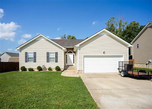 Photo of 1660 Broad Cir, Clarksville, TN 37042 (MLS # 2178738)
