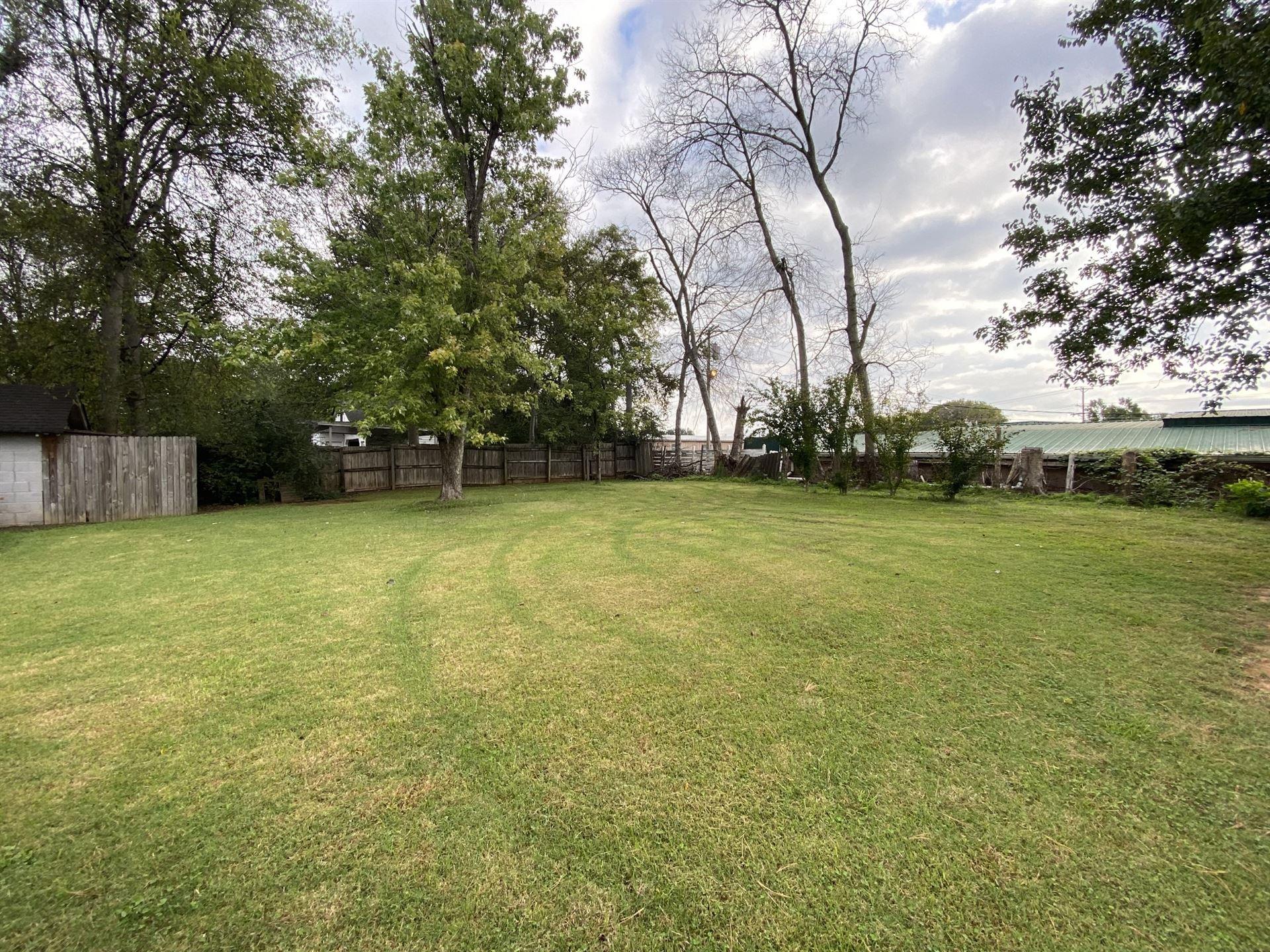 Photo of 1022 Poplar Ave, Murfreesboro, TN 37129 (MLS # 2299742)