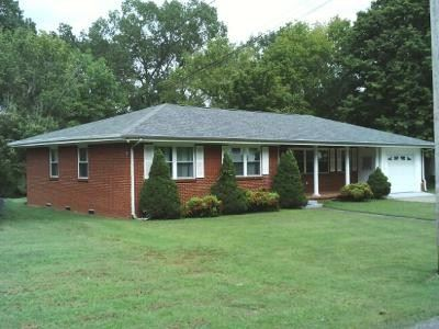 219 Lee Cir, Dover, TN 37058 - MLS#: 2200743