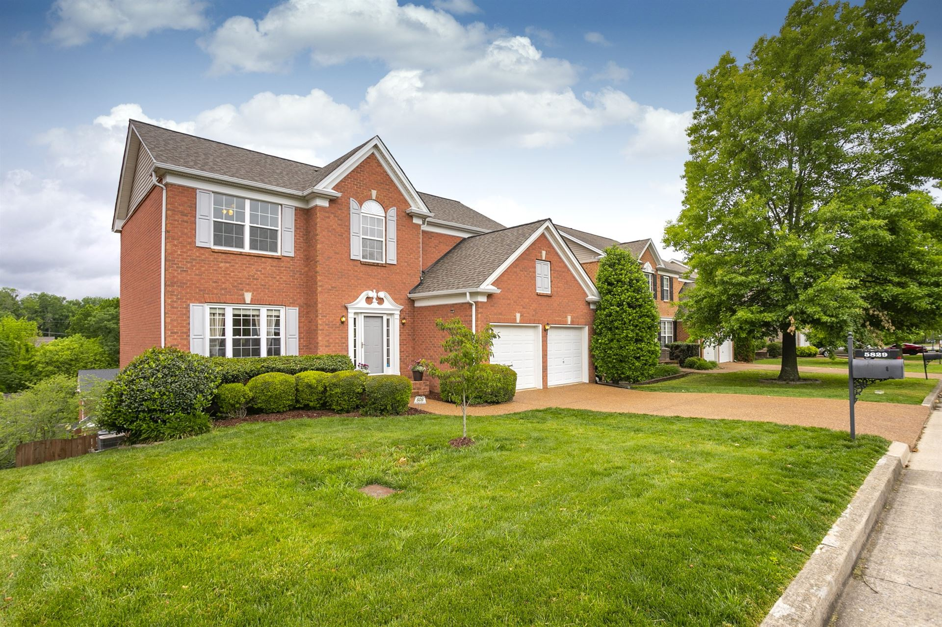 Photo of 5829 Sterling Oaks Dr, Brentwood, TN 37027 (MLS # 2151747)