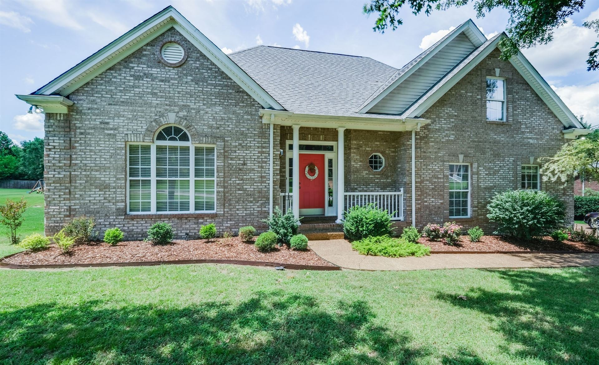 Photo of 305 Baronswood Dr, Nolensville, TN 37135 (MLS # 2173750)