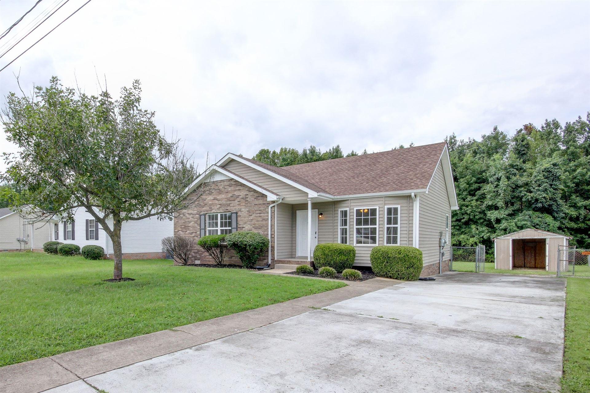 422 Woodale Dr, Clarksville, TN 37042 - MLS#: 2186752
