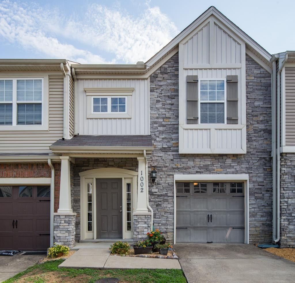 1002 Chatsworth Dr, Old Hickory, TN 37138 - MLS#: 2222753