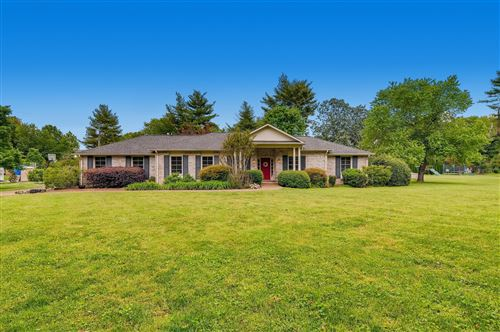 Photo of 1932 Harpeth River Dr, Brentwood, TN 37027 (MLS # 2151768)