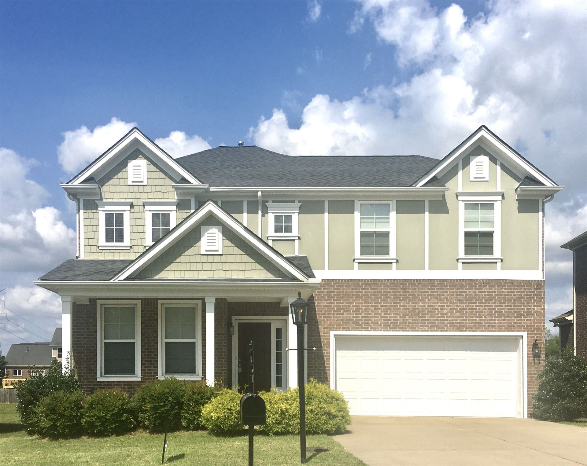Photo of 1633 Robindale Dr, Hermitage, TN 37076 (MLS # 2166772)