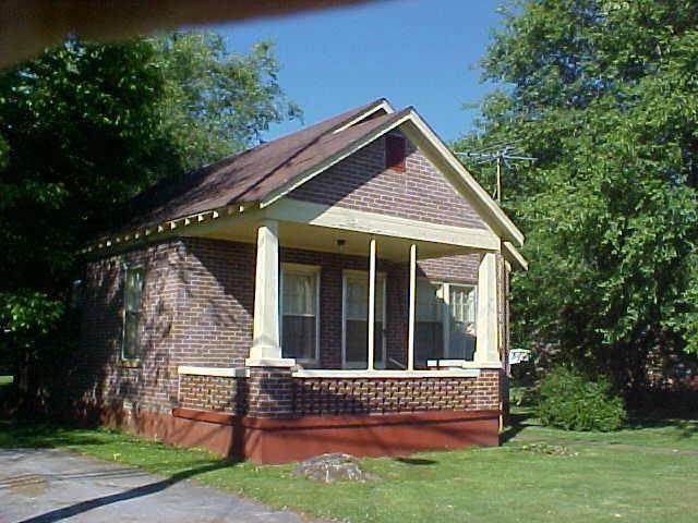 401 Church St, Lafayette, TN 37083 - MLS#: 2252778