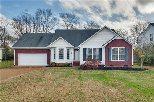 Photo of 3011 Candlelite Dr, Spring Hill, TN 37174 (MLS # 2210782)