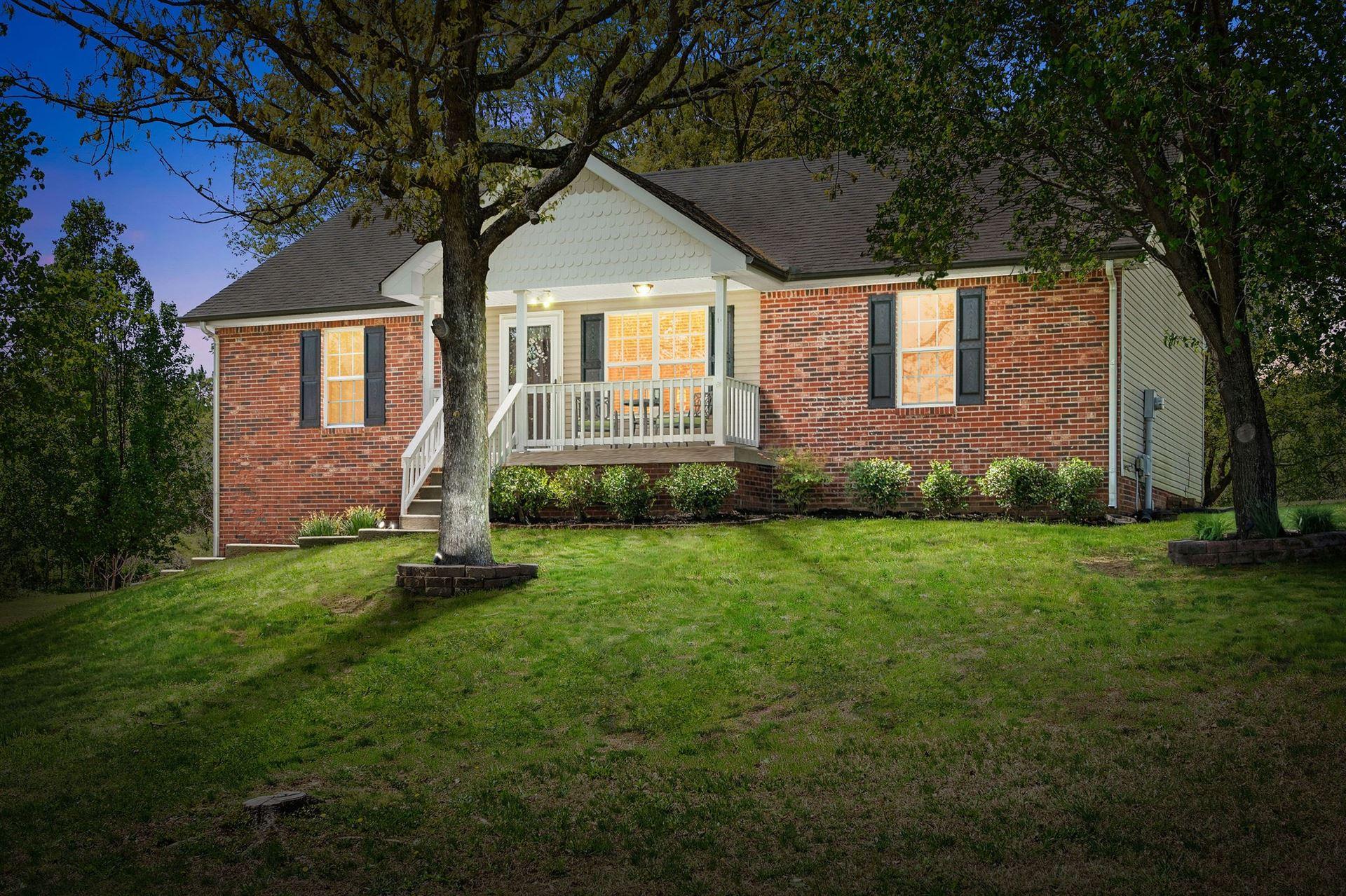 1934 Roscoe Drive, Clarksville, TN 37042 - MLS#: 2246783