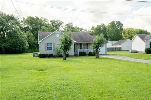 Photo of 1008 Armstrong Ln, Columbia, TN 38401 (MLS # 2168785)
