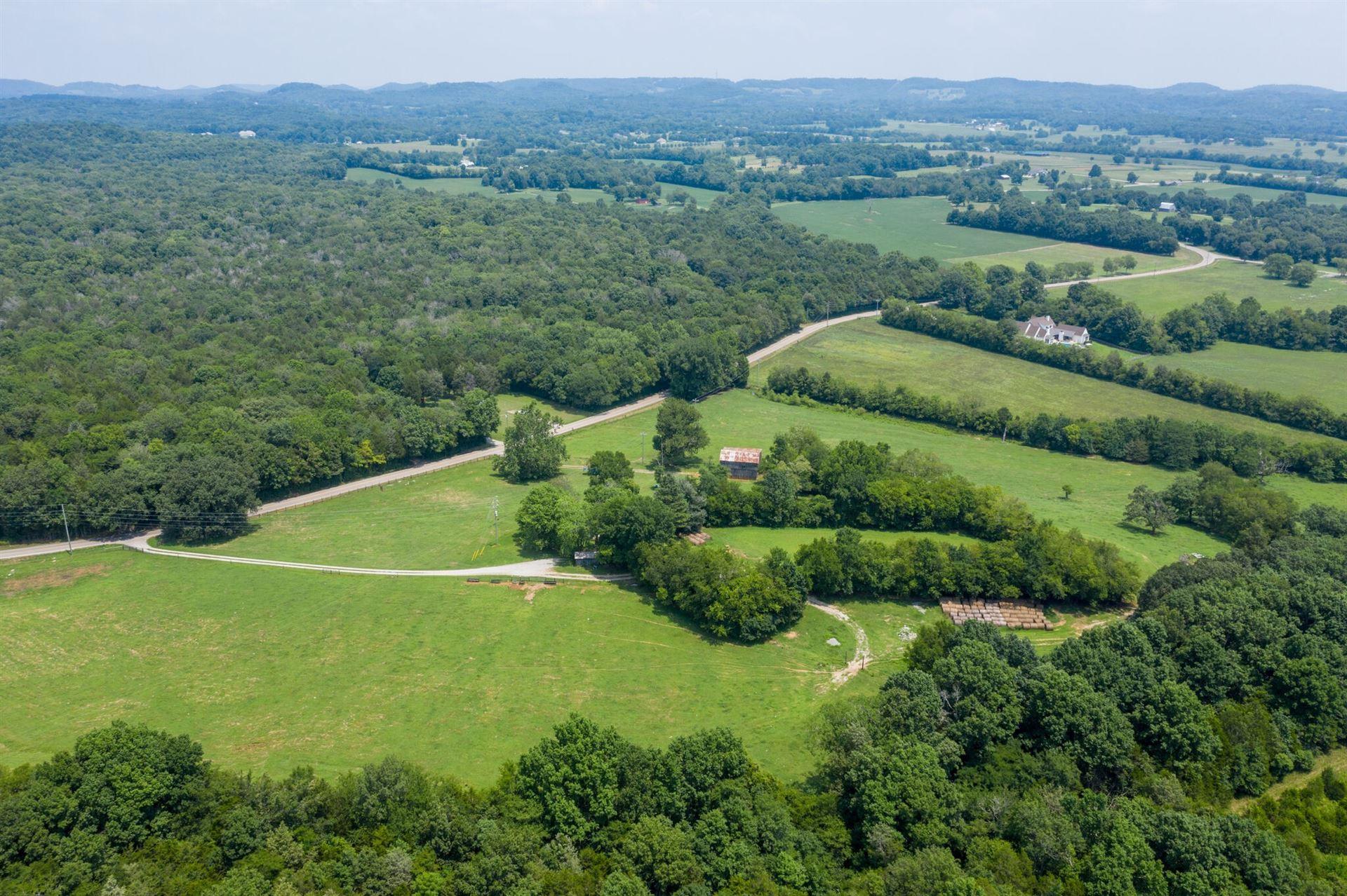 Photo of 6651 Flat Creek Rd, Spring Hill, TN 37174 (MLS # 2272786)