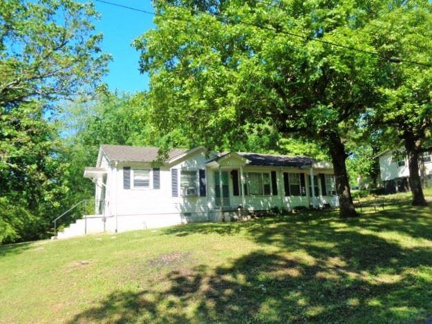 200 Red Oak Dr, Waverly, TN 37185 - MLS#: 2251790