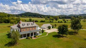 Photo of 4810 Scenic Oaks Pvt Ln, Thompsons Station, TN 37179 (MLS # 2002800)