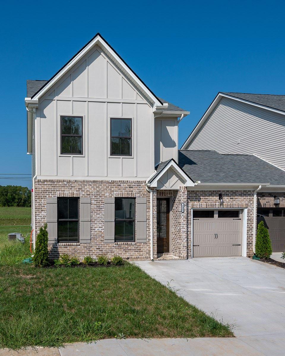 Photo of 132 Bellagio Villas Dr, Spring Hill, TN 37174 (MLS # 2286806)