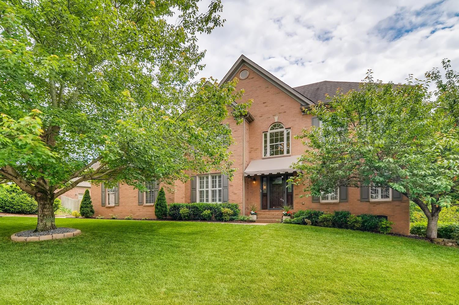 Photo of 5425 Brownstone Dr, Brentwood, TN 37027 (MLS # 2151813)