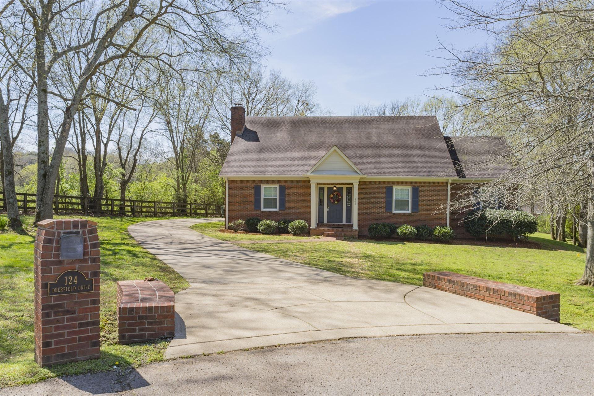 124 Deerfield Dr, Columbia, TN 38401 - MLS#: 2180820