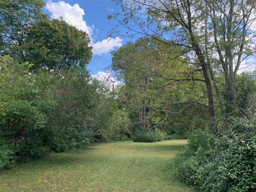 Photo of 413 Hietts Lane, Clarksville, TN 37043 (MLS # 2193826)