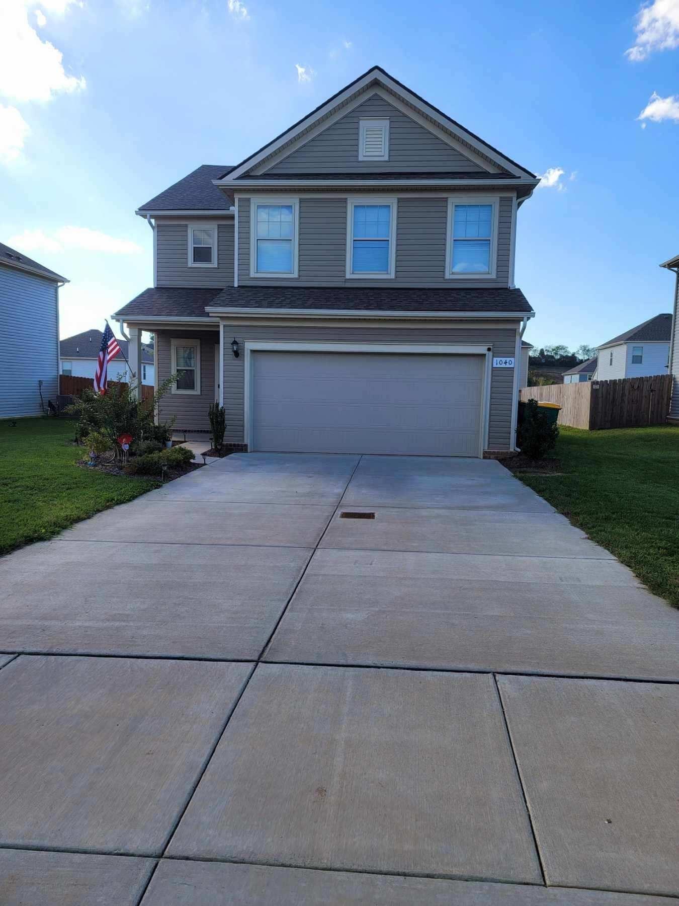 Photo of 1040 Lonergan Cir, Spring Hill, TN 37174 (MLS # 2299828)