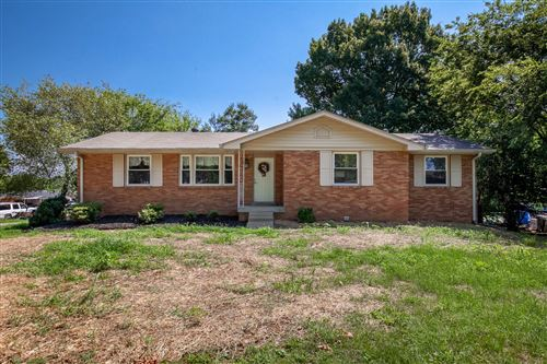 Photo of 135 Maple Dr, Hendersonville, TN 37075 (MLS # 2175829)