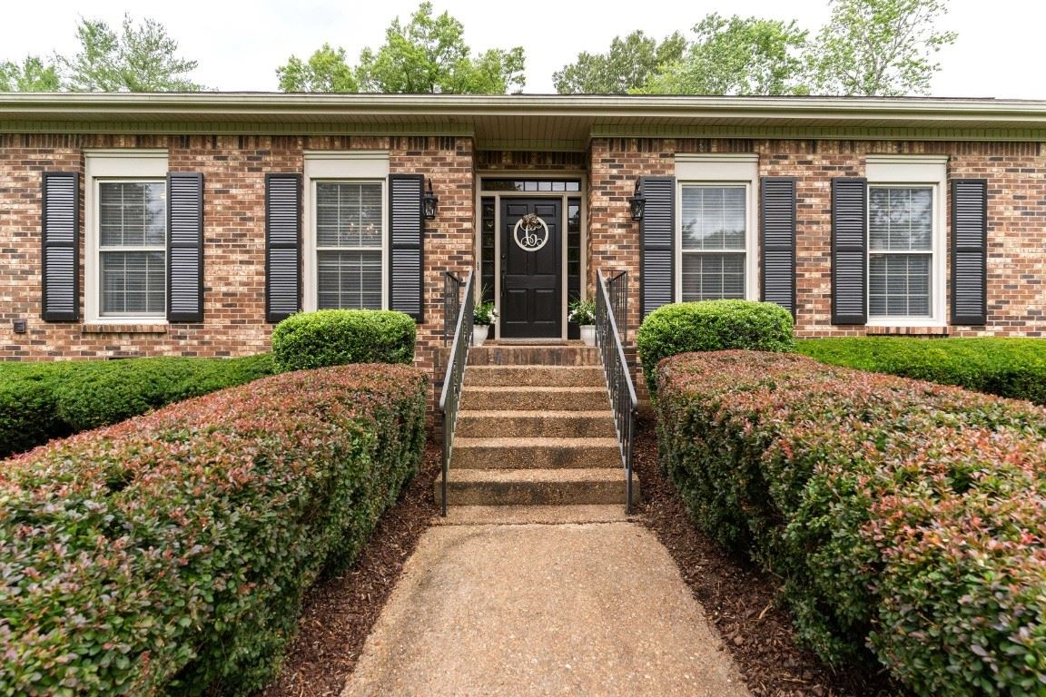 Photo of 6305 Laurelwood Dr, Brentwood, TN 37027 (MLS # 2261833)