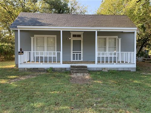 Photo of 217 E Flower St, Pulaski, TN 38478 (MLS # 2091839)