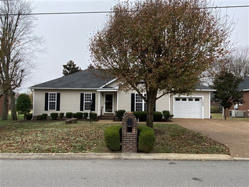 Photo of 165 Putter Point Dr, Gallatin, TN 37066 (MLS # 2209842)
