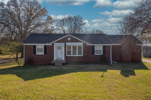 Photo of 306 Alta Loma Rd, Goodlettsville, TN 37072 (MLS # 2209850)