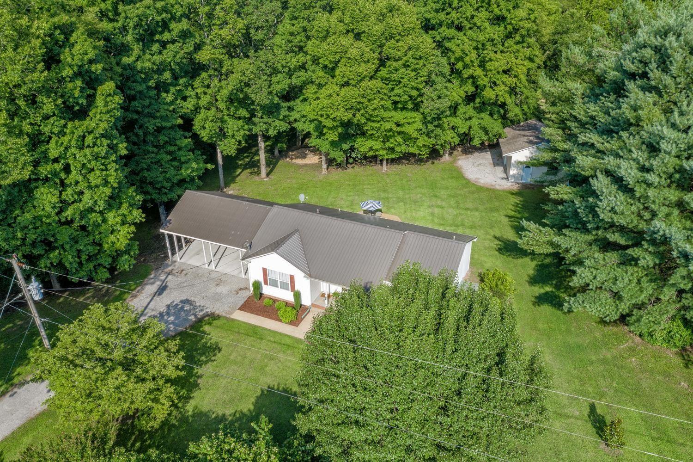 Photo of 2324 Pumpkin Creek Ln, Spring Hill, TN 37174 (MLS # 2169858)