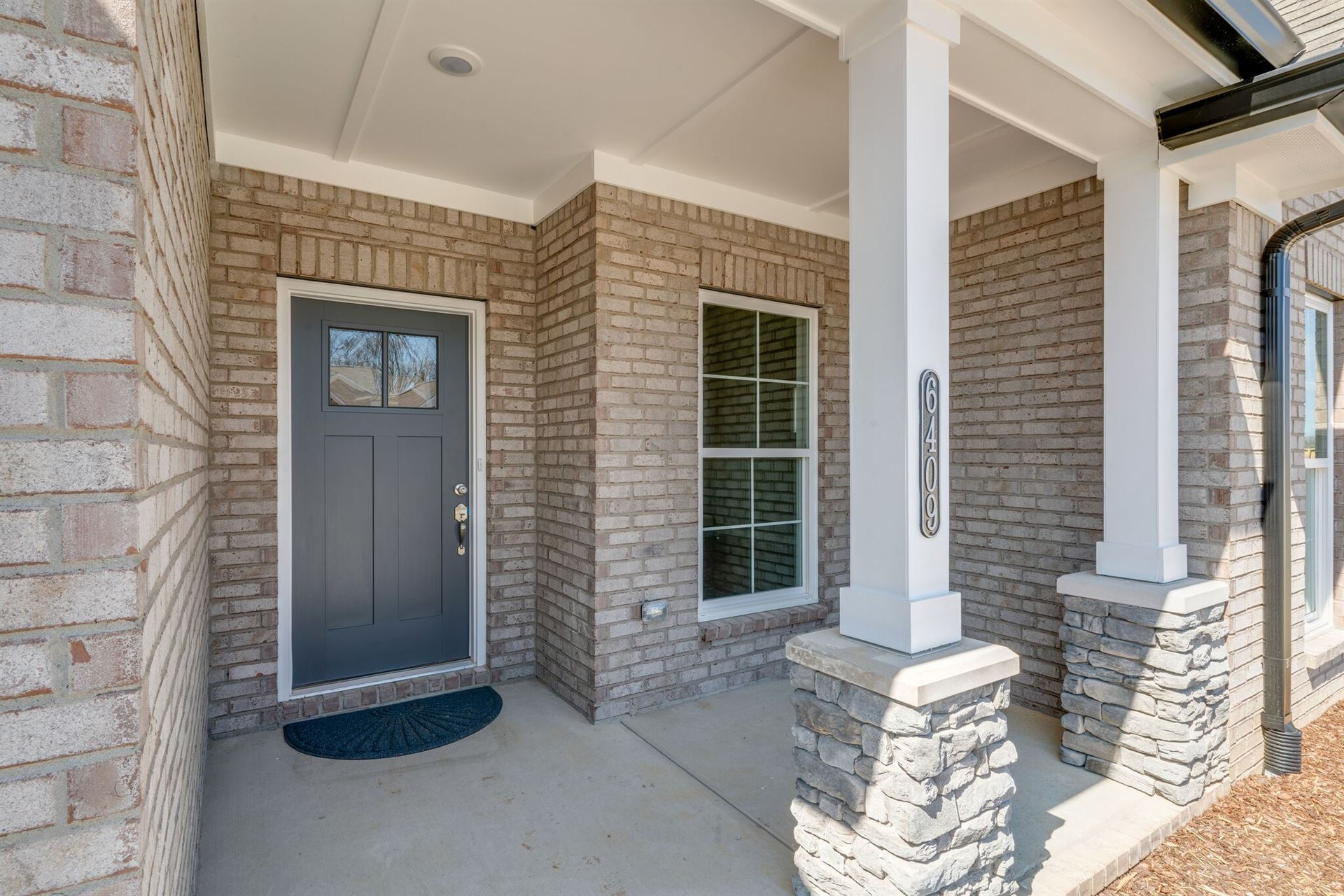 Photo of 6425 Armstrong Dr, Hermitage, TN 37076 (MLS # 2247869)