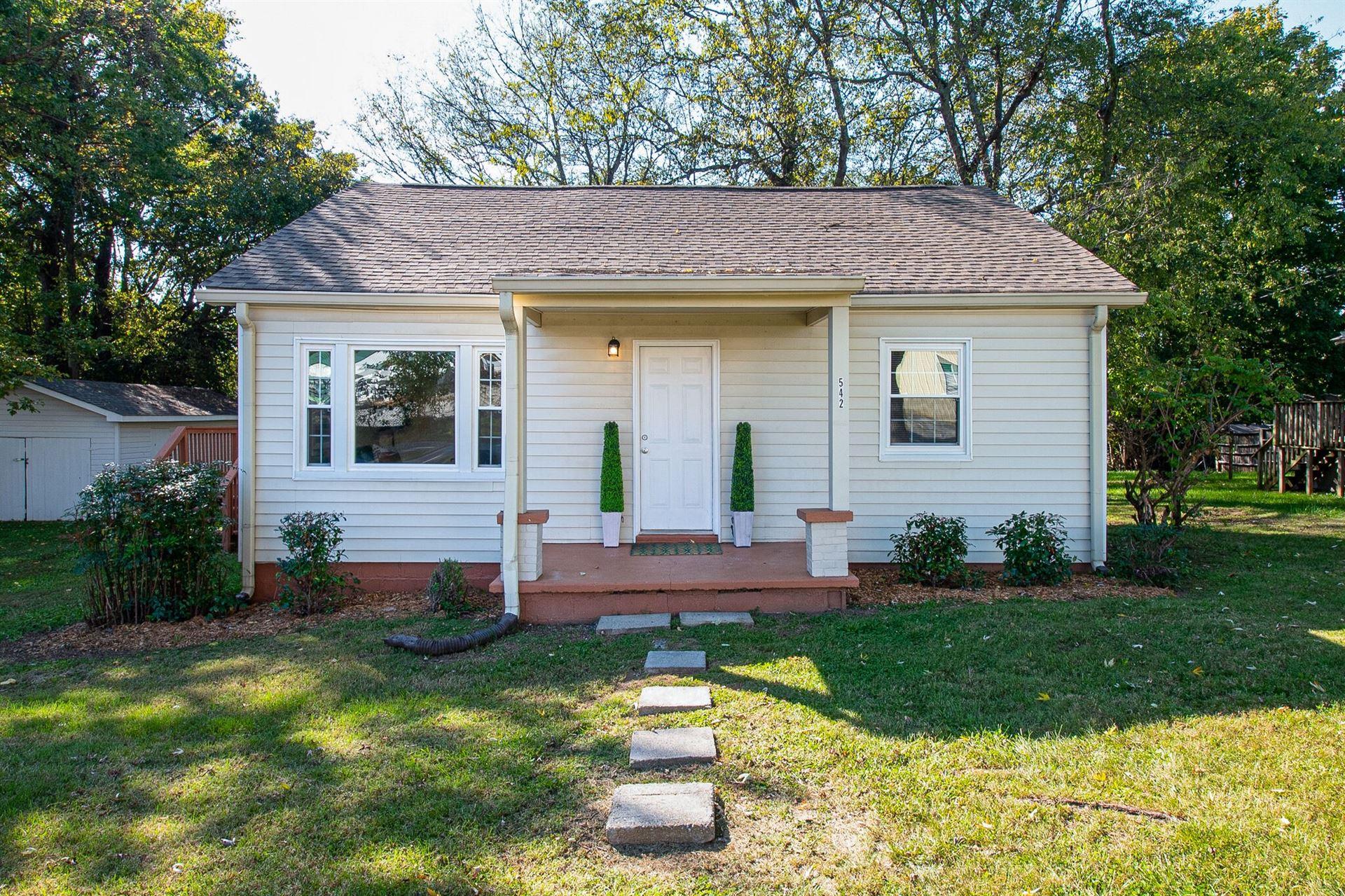 542 Spencer Ave, Gallatin, TN 37066 - MLS#: 2301875