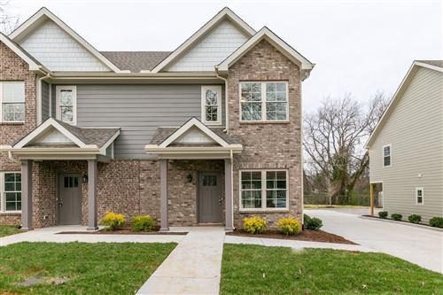 Photo of 507 E Castle St, Murfreesboro, TN 37130 (MLS # 2193876)