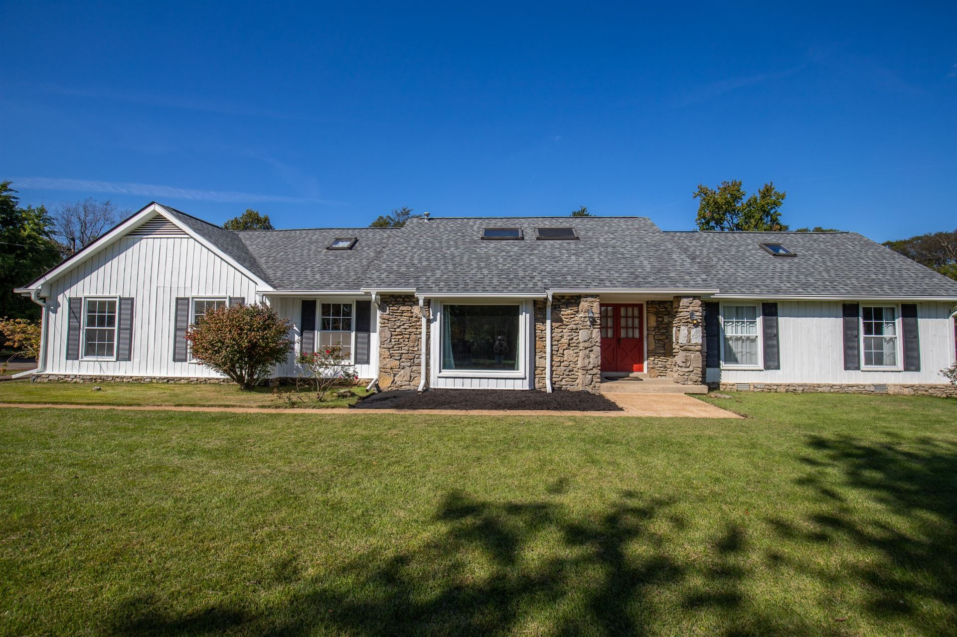 641 Hidden Acres Dr, Madison, TN 37115 - MLS#: 2300880