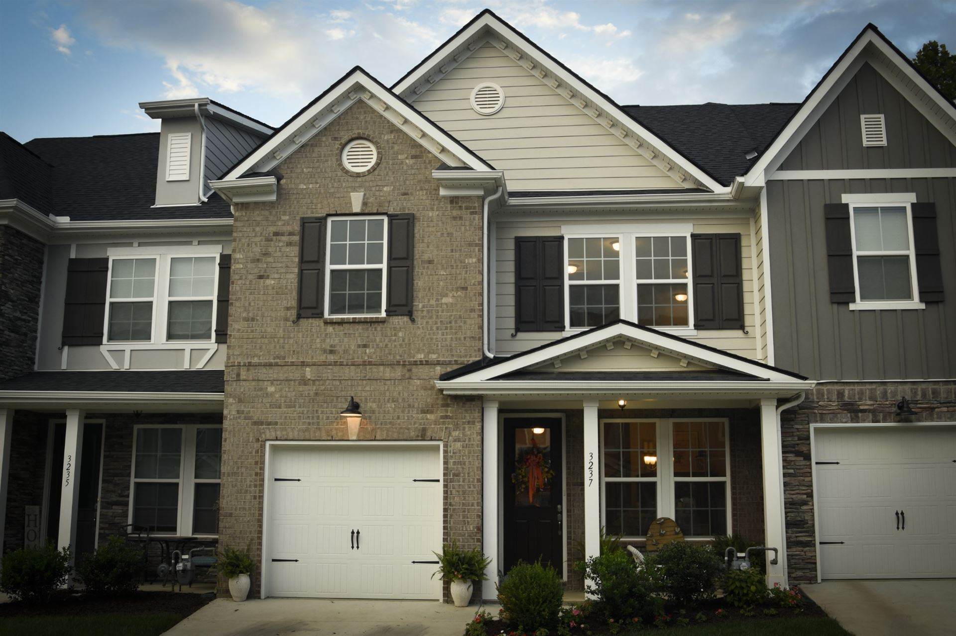 Photo of 3237 Brookberry Ln, Murfreesboro, TN 37129 (MLS # 2229881)