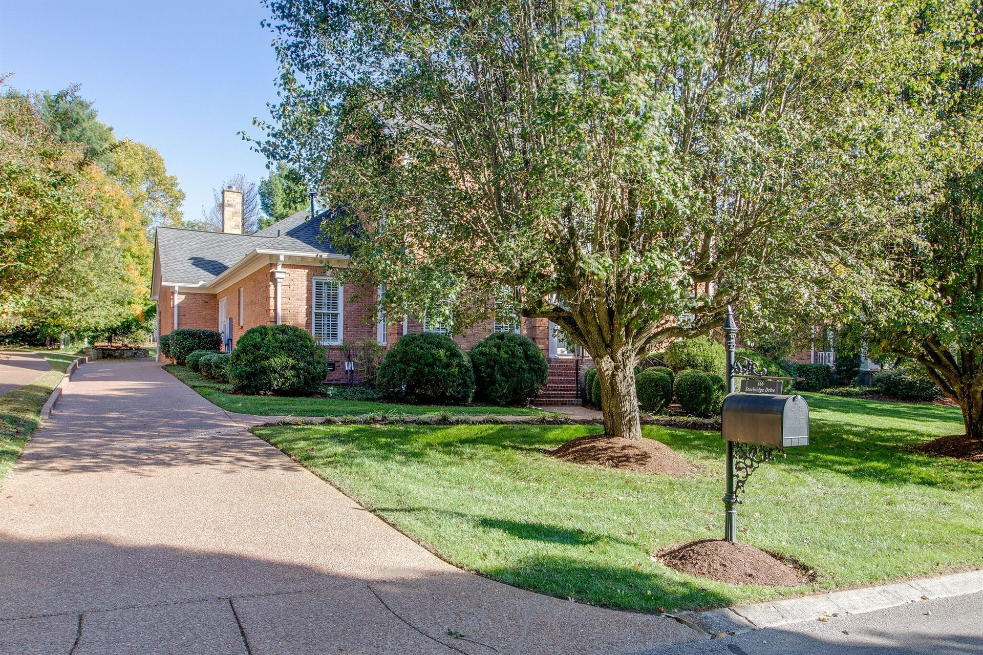 Photo of 166 Sturbridge Dr, Franklin, TN 37064 (MLS # 2209883)