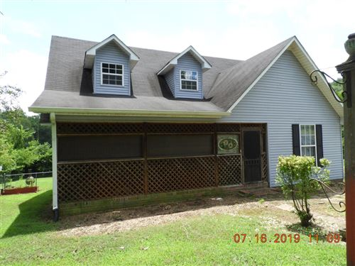 Photo of 849 Hickory Dr, Pulaski, TN 38478 (MLS # 2052885)